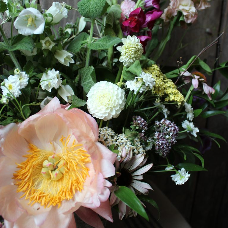 Wedding Flowers, Belle and Bea, Wiltshire